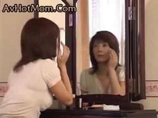 A frustration ママ と a 若い ボーイ (new)