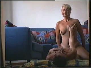 Svenska hustru knull henne vän r20