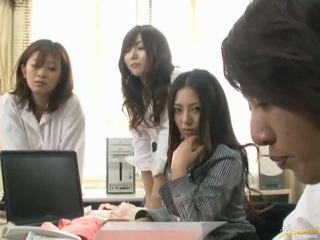 Japanisch av modell ist gezwungen bis haben sex