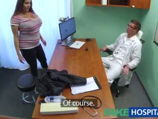 Fakehospital miúda wants doctorã¢â€â™s ejaculações tudo sobre dela grande enorme tetas vídeo