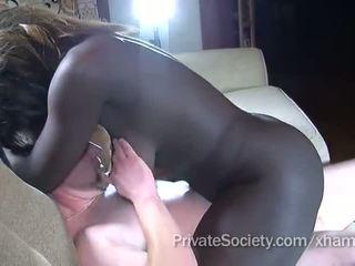 dicukur pus, cock menyedot, interracial