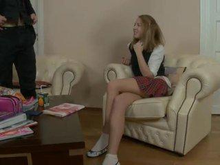 Malutkie azjatyckie nastolatka gets nailed