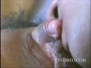 Sexy gaja com um grande clitóris closeup brinquedos cona licking de frente hardcore a montar doggy caseiro