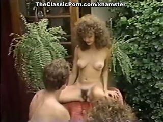 Porno kolmekesi film sisse the aias