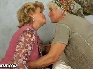 nenek, lesbian, ibu-ibu dan remaja