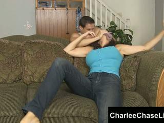Charlee chase مقيد tickled و قدم مارس الجنس!