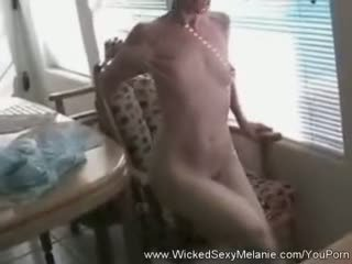 Amateur Gilf Strips And Cams