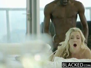 Blacked tainnutus blondi karla kush takes massiivinen musta kukko