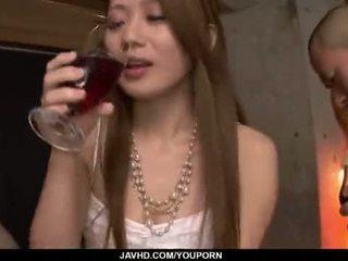 Kazumi nanase feels няколко men чукане тя cherry