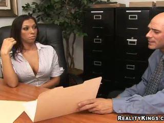 big boobs, payudara besar, kantor