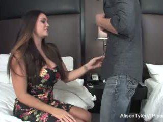 Alison tyler fucks henne venn