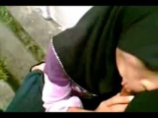 Arab muslim hijab prawan suck cook-sexyhijaber.com