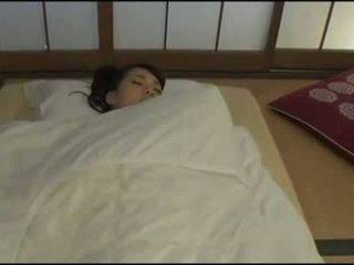 ब्यूटिफुल जपानीस वाइफ - masturbation