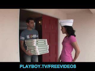 Ang pizza guy fucks Mainit buhok na kulay kape tinedyer
