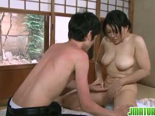 日本语 日趋成熟: 日本语 成熟 孩儿 同 她的 年轻 枯瘦 lover.