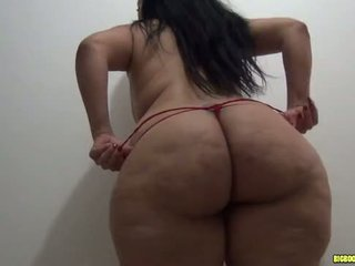 Latina ar liels pakaļa uz legingi gets fucked uz sarkans stringi pt 1