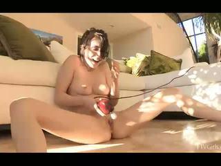 brunette en ligne, vibreur vous, agréable orgasme