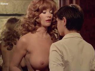 grote borsten, lesbiennes, softcore