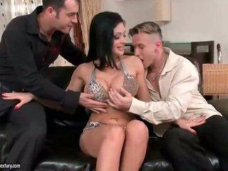 Aletta ocean enjoys جنس مع two guys