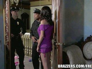 Δεσποινίδα mckenzie wants να γαμώ ένα μπάτσος. αυτή gets αυτήν επιθυμώ