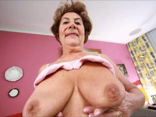 Delicious liels krūtis 4