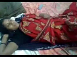 Hinduskie pokojówka got fucki z jej szef