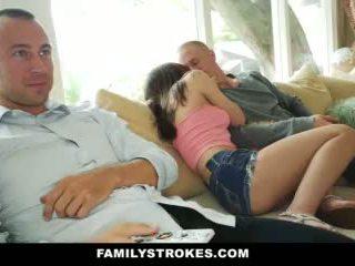 Familystokes- step-sis pacalit în futand cel mai bun friends