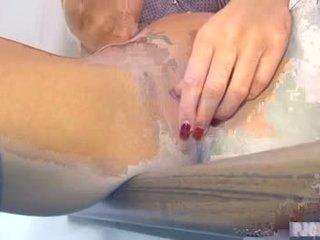 Gina masturbating - pussy massage usin...