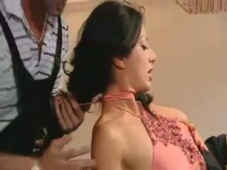 Francesa caliente mamá follada por two guys vídeo