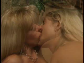 cumshots, lezbiyenler, üçlü