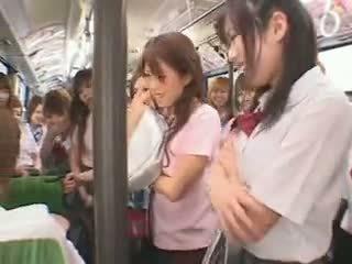 Mokinukė autobusas fuckfest cenzūra