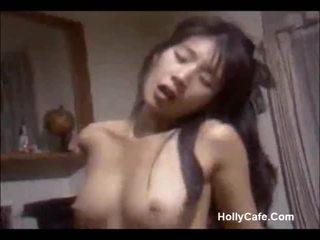 اليابانية موم سخيف لها زوج