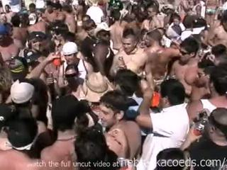 Insane spring तोड़ना बीच पार्टी साथ हॉट नग्न असली लड़कियों