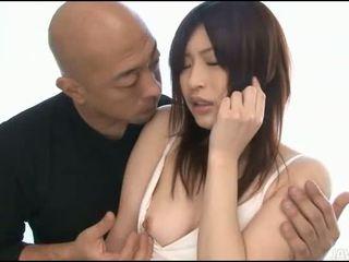 Asiática freira gets banged