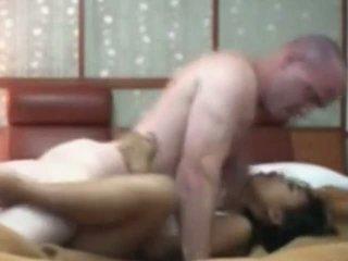Warga indonesia pembantu rumah having pertama masa seks dengan putih zakar/batang