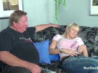 Дебели stepdad заловени негов стъпка дъщеря и майната тя путка - още на hotcamgirls24.com